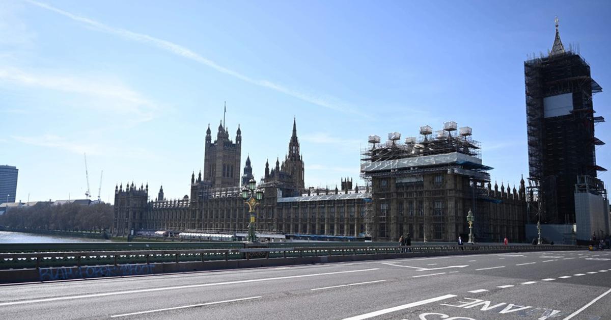 런던 의사당 건물과 런던 명물 빅벤. EPA=연합뉴스