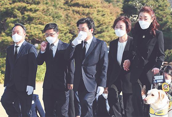 미래한국당 현충원 참배
