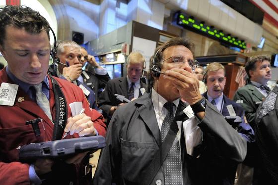2008년 미국 뉴욕증시 참여자들은 손실을 파악하기 힘든 부채담보부증권(CDO) 탓에 패닉에 빠졌다.