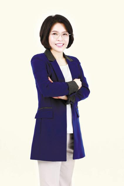 닥터모락은 김광자(사진) 대표의 노하우로 두피탈모 프랜차이즈를 설립했다.