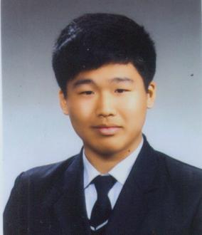 텔레그램에서 성 착취 영상을 제작하고 유포한 '박사' 조주빈(25). 서울지방경찰청 제공