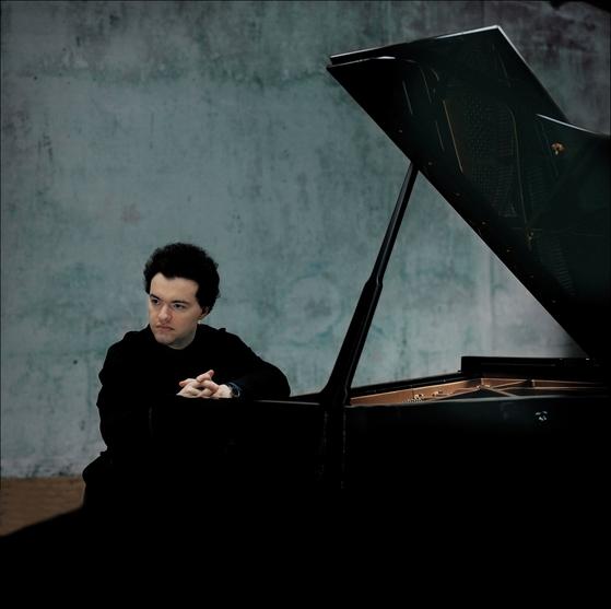 피아니스트 예브게니 키신. 중앙포토