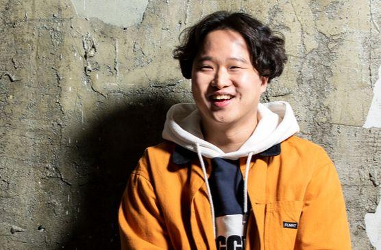 """'이장'은 정승오 감독의 장편 데뷔작이다. 그는 '가족에 대한 나의 결핍이 가족영화를 만드는 동기""""라 했다. 권혁재 사진전문기자"""