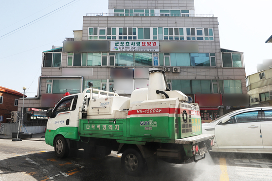 신종 코로나 바이러스감염증(코로나19) 확진자가 발생한 경기 군포시 효사랑요양원 [연합뉴스]