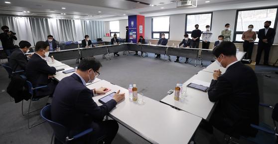 K리그1 대표자들이 2020시즌 일정을 큰 폭으로 축소하기로 합의했다. 하지만 결론은 내지 못했다. 개막 시기도 현재로선 알 수 없는 상황이다. [뉴스1]