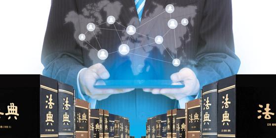 갈수록 경쟁이 치열해지는 국내 대형 로펌이 블루오션으로 떠오른 정보통신 기술 분야 선점을 위해 전담팀을 꾸리고 주도권 경쟁에 돌입했다.
