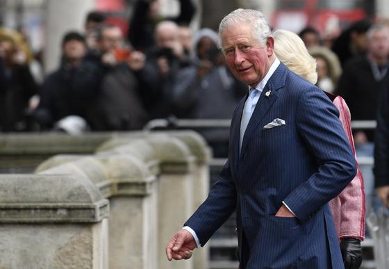 英찰스 왕세자, 코로나 확진 1주일만에 자가격리 해제