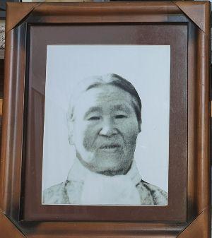 공식기록엔 없는 아버지의 어머니이자 우리 할머니인 박옥광 여사. [사진 푸르미]