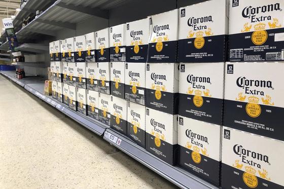결국 코로나 때문에… 멕시코 '코로나 맥주' 생산 일시 중단
