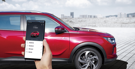쌍용차는 최근 기존 차량의 편의사양과 첨단 안전사양을 강화한 '리스펙(RE:SPEC) 코란도·티볼리를 출시하는 등 시장성 강화에 애를 쓰고 있지만 경쟁자들에 비해 여전히 부족하다는 평가가 나온다. 사진 쌍용자동차
