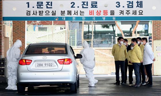 [단독] 정부 예산 걱정마라···韓코로나 매뉴얼 전세계 알린다