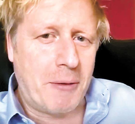 신종 코로나 감염증(코로나19)으로 인한 상태 악화로 영국 런던 세인트토머스병원 집중치료실(ICU)에서 치료를 받고 있는 보리스 존슨 영국 총리가 과거 자가 격리 중 자신의 모습을 찍어 트위터에 올린 모습. [트위터 캡처]