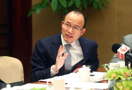 중국의 워런 버핏응로 여겨지는 푸싱 그룹의 궈광창 회장은 최근 해외 우량 자산 인수에 적극 나설 것이라고 밝혔다. [중앙포토]