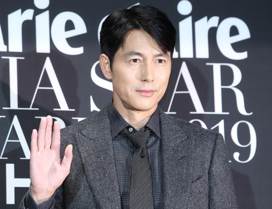 배우 정우성이 제작, 출연하는 SF 영화 '고요의 바다'를 최근 넷플릭스 오리지널로 공개한다고 알려졌다. [뉴스1]