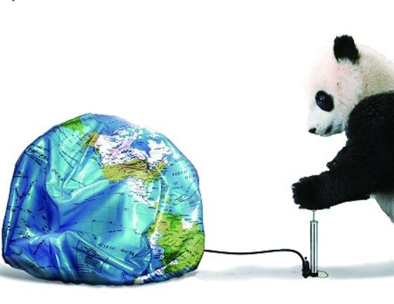 2009년 8월 미국 타임지의 표지. 중국을 상징하는 판다 한 마리가 펌프를 가지고 지구에 바람을 넣고 있다. 유엔 산하 15개 전문기구 중 총 4곳이 중국인이 수장이다. [사진 타임]
