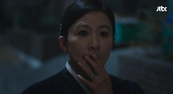 드라마 '부부의 세계'의 한 장면. [JTBC 캡처]