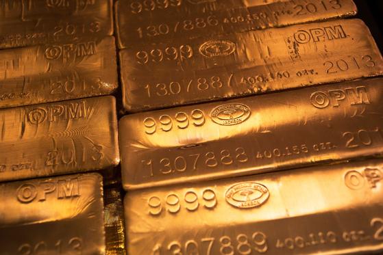 금괴. 신종 코로나 여파로 국제 금값이 폭등했다. 로이터=연합뉴스