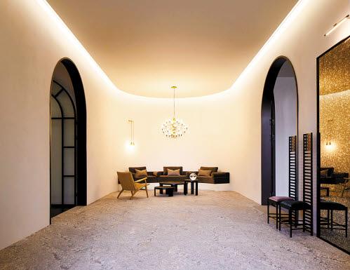 대림산업이 최고 수준의 주거 공간인 '2020 ACRO 갤러리-컬렉터의 집'을 선보였다. 컬렉터의 집 웰컴룸. [사진 대림산업]