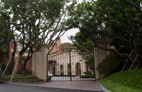 경기 성남시 분당구에 있는 정용진 신세계 부회장의 저택. 중앙포토