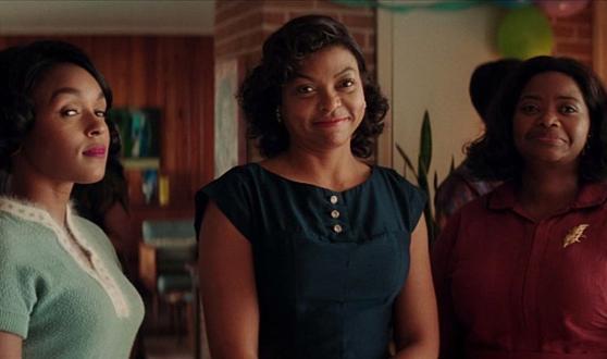 미국 항공우주국 나사에서 '처음'을 쓴 세 명의 흑인여성들. 왼쪽부터 메리 잭슨(자넬 모네 분), 캐서린 존슨(타라지 P.헨슨 분), 도로시 본(옥타비아 스펜서 분). [사진 이십세기폭스코리아]