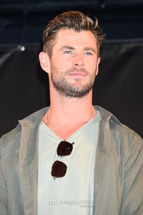 CHIBA, JAPAN - NOVEMBER 23: Chris Hemsworth attends the talk event during the Tokyo Comic Con 2019 at Makuhari Messe on November 23, 2019 in Chiba, Japan. (Photo by Jun Sato/WireImage) *** Local Caption *** Chris Hemsworth