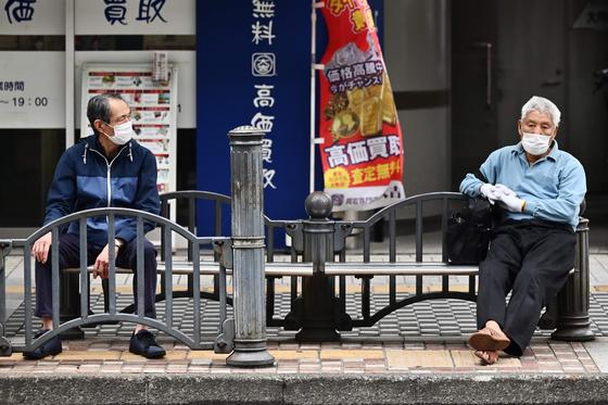 코로나발 돌봄 공백… 흔들리는 노인대국 일본