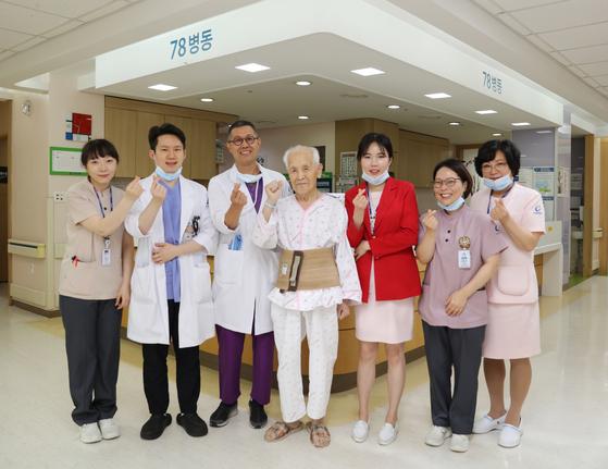 가천대 길병원은 13일 95세 초고령 환자의 대장암 수술에 성공했다고 밝혔다. [사진 가천대 길병원]