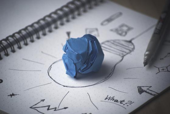 이론과 생각이 넘치는 학자와는 달리 창업가에게는 외관상으로는 초라해 보일지언정 당장 시장을 흥분하게 만들 수 있는 기능의 시제품이 필요하다. [사진 Pixabay]
