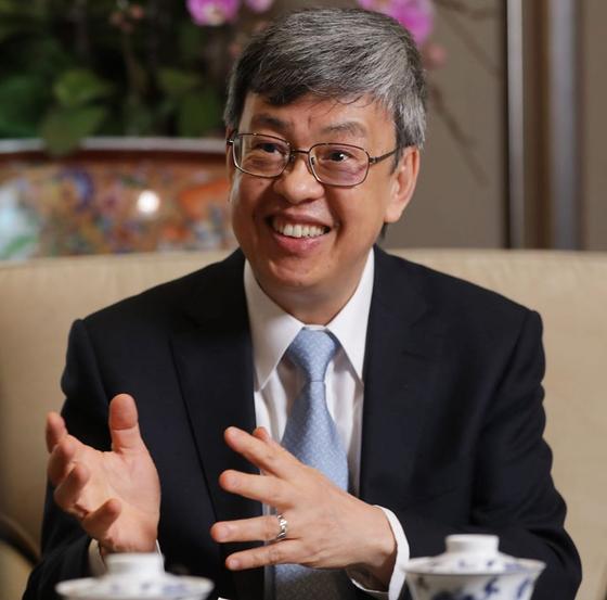 대만 천젠런 부총통은 퇴임 후 학자로서의 삶으로 돌아가겠다는 뜻을 밝혔다. [페이스북 페이지]