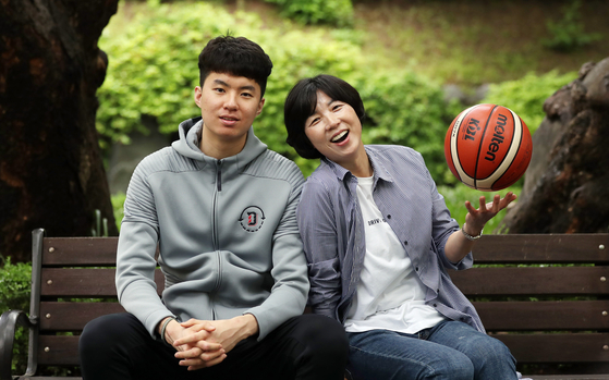 '불가능'을 '가능'으로 바꾼 어머니처럼 이현중도 미국 농구에서 살아남아 NBA 입성을 꿈꾼다. 변선구 기자