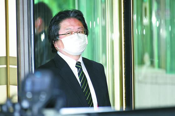 일본 3년 만에 '한국은 중요한 이웃국'…'한국, 독도 불법점거'는 3년째 되풀이