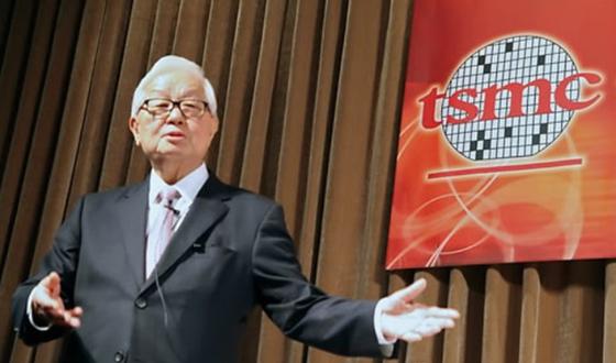 지난 2012년 투자자 앞에서 연설하는 TSMC의 창업주 모리스 창. TSMC는 현재 세계 최대 반도체 파운드리업체다. [연합뉴스]