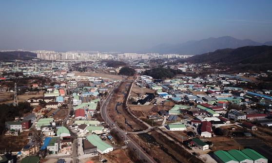 3기 신도시 지정된 하남 교산동 일대의 모습. 서울 송파까지 20분만에 이동할 수 있게 도시철도가 깔린다.  [연합뉴스]