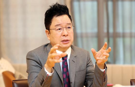 실시간 코딩교육 프로그램을 개발해 에듀테크 시장에 도전하는 씨엠에스에듀 이충국 대표. 변선구 기자