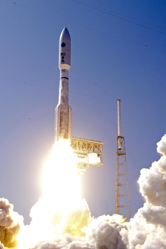 러시아제 로켓을 단 미국의 대형 우주발사체 아틀라스 V [사진 AP=연합뉴스]