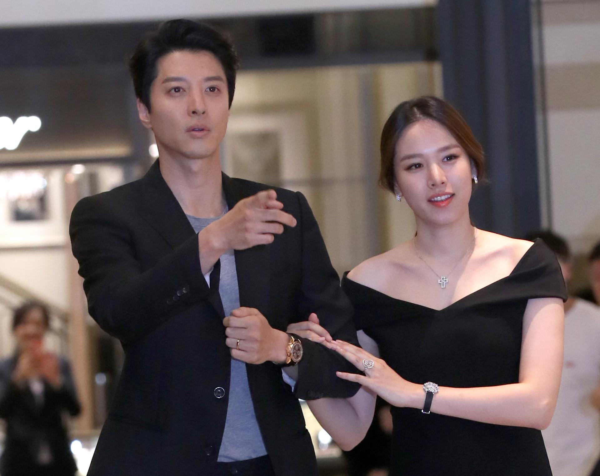 배우 조윤희 이동건. 일간스포츠