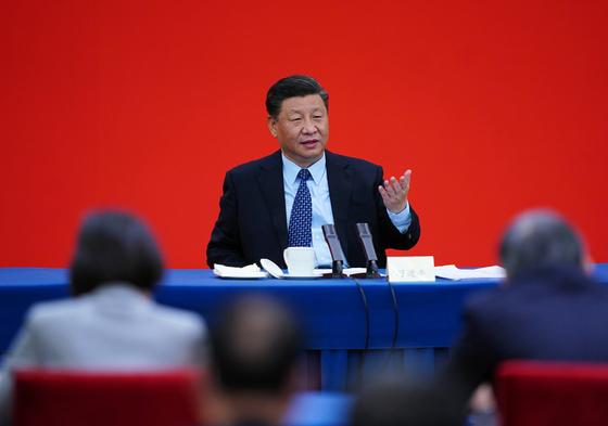 지난 23일 중국 베이징에서 열린 전국인민정치협상회의(정협) 전국위원회 제13기 제3차 회의에 참석한 시진핑 중국 국가주석이 발언을 하고 있다. [신화=연합뉴스]