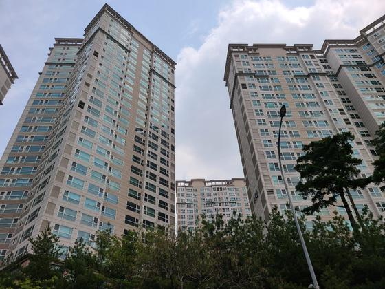 서울의 한 아파트 전경. 중앙포토.