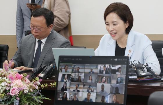 경북 교사 1명 확진…전국 514개 학교 '등교 중지'