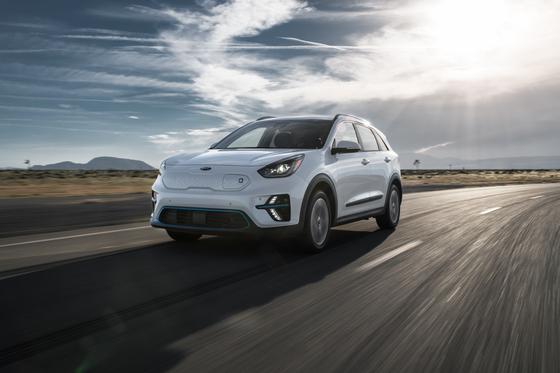 기아자동차의 순수 전기차 니로EV는 유럽시장에서 큰 인기를 끌고 있다. 사진 기아자동차
