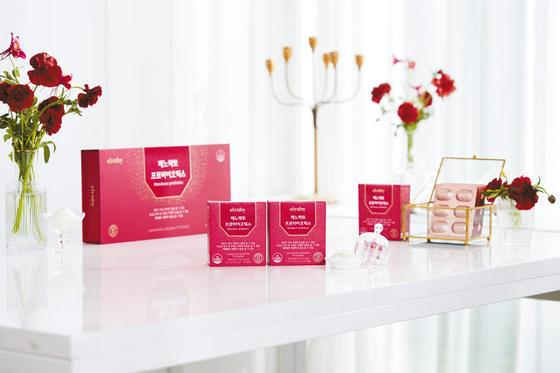 엘루비 메노락토 프로바이오틱스'는 인체 적용시험을 통해 여성 갱년기 증상 개선 효과가 입증된 프로바이오틱스 제품이다. [사진 휴온스]