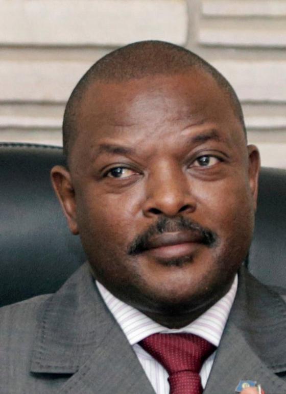 8일 돌연 사망한 피에르 은쿠룬지자 아프리카 부룬디 대통령. 부룬디 당국은 그의 사인을 심장마비라고 밝혔지만, 외신은 코로나 19 감염에 의한 사망 의혹을 제기했다. [로이터=연합뉴스]