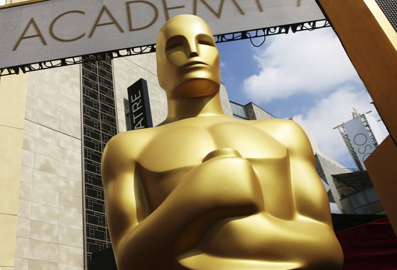 미국 아카데미상의 트로피인 오스카를 형상화한 동상. [AP=연합뉴스]