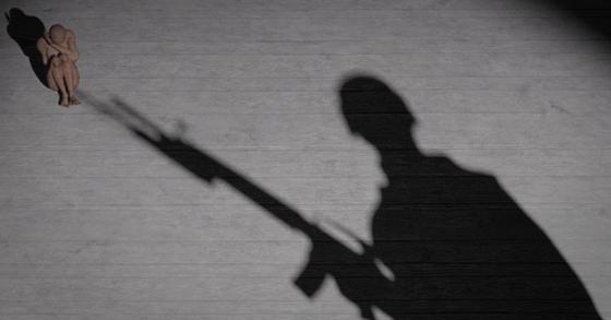 해군 병사가 휴가 중 민간인 여성의 집에 침입해 폭행한 혐의로 검찰에 송치됐다. [중앙포토]
