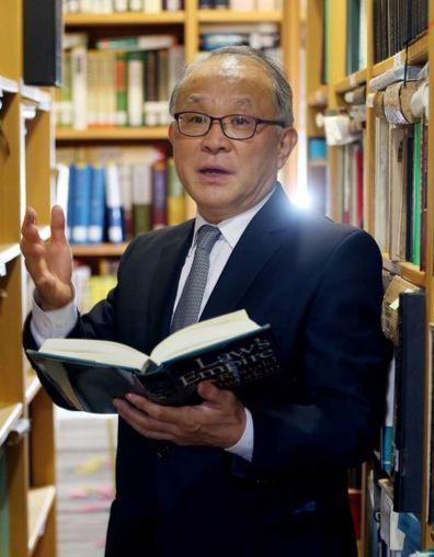 대검찰청 검찰수사심의위원회 위원장 양창수(68) 전 대법관. 중앙포토