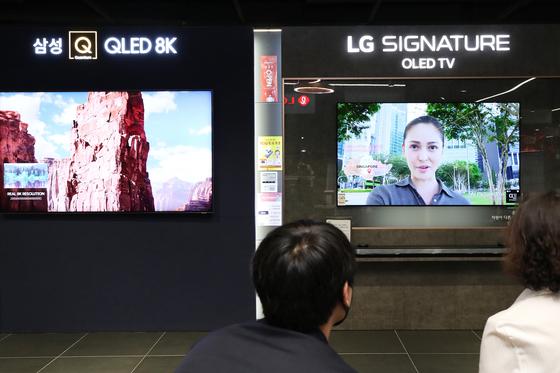 삼성과 LG의 TV. 연합뉴스