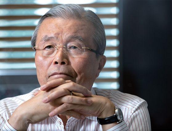 김종인 미래통합당 비상대책위원장이 6월 14일 월간중앙과의 인터뷰에서 생각에 잠겨 있다.