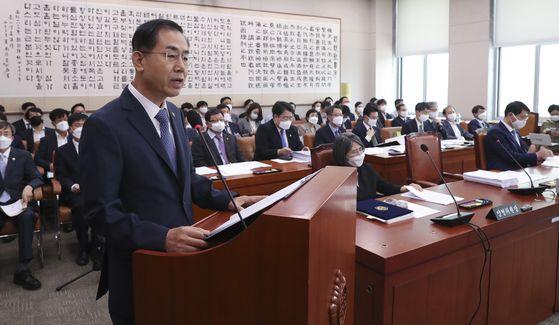 조재연 법원행정처장이 23일 국회 법제사법위원회 전체회의에서 업무보고를 하고 있다 .임현동 기자.