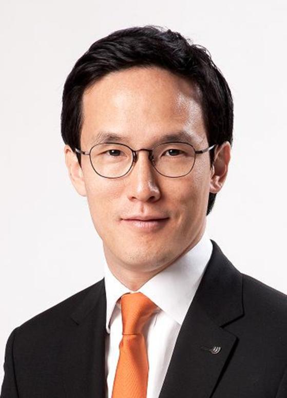 조현범 한국타이어앤테크놀로지 사장이 23일 대표이사에서 물러났다. 사진 한국타이어앤테크놀로지