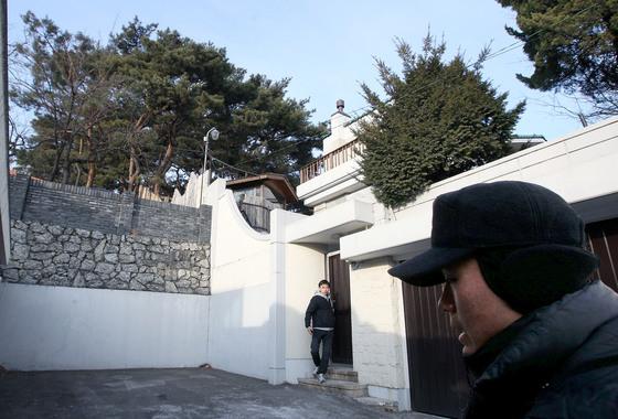 전두환 전 대통령의 연희동 사저 [중앙포토].